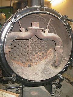 Steam locomotive exhaust system
