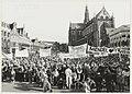 Het publiek tijdens de huldiging van drievoudig Olympisch schaatskampioene Yvonne van Gennip. NL-HlmNHA 54020753.JPG