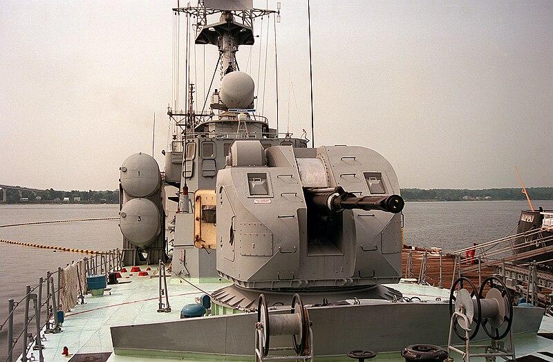 خطط البحريه الروسيه لتجهيز سفنها بالمدفع البحري AK-176 الشبحي !  800px-Hiddensee_AK-176_gun