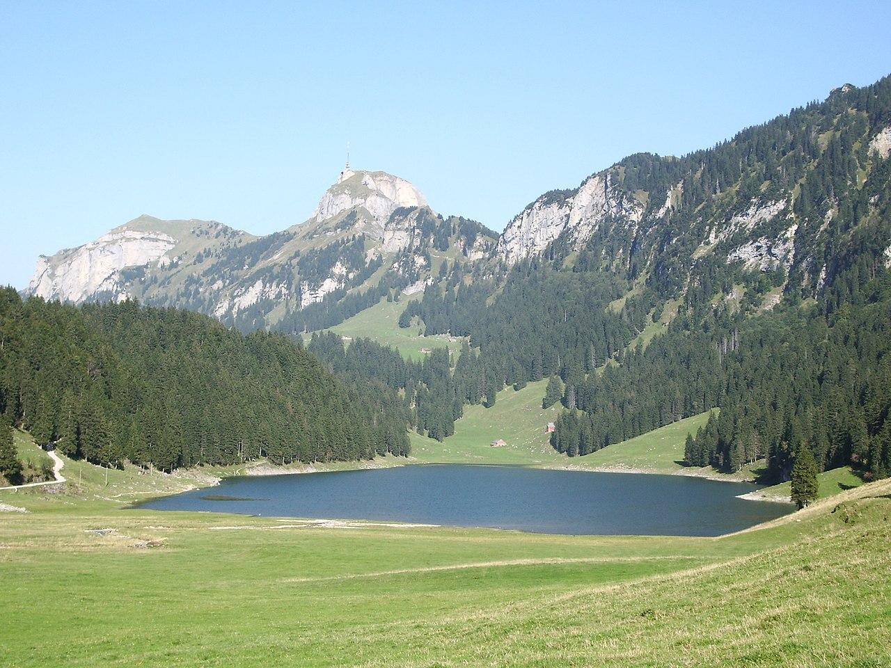 Filehoher Kasten Mit Sämtiserseejpg Wikimedia Commons