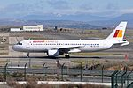 Iberia, Express Airbus A320-214, EC-LKH - MAD (21964570273).jpg