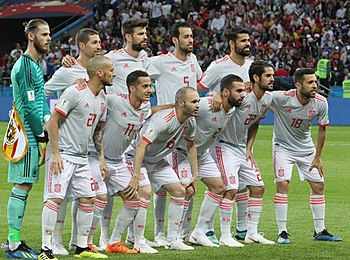 Alineación titular de la selección ante Irán en Kazán el 20 de junio de  2018. dabdeb03d7575