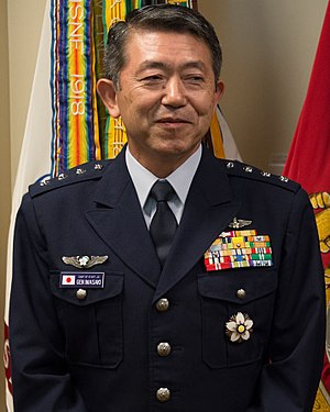 JASDF General Shigeru Iwasaki 岩﨑茂空将 (Defense.gov photo essay 120823-D-VO565-011).jpg