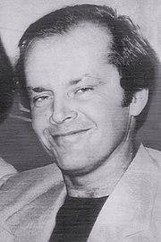 https://upload.wikimedia.org/wikipedia/commons/thumb/b/b0/Jack_Nicholson_-_1976_%28new%29.jpg/180px-Jack_Nicholson_-_1976_%28new%29.jpg