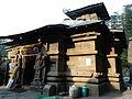 Jageshwar temple entrance (6133247267).jpg