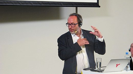 Jimmy Wales in Moscow 2016-09-14 24.jpg
