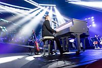 John Miles - 2016330223238 2016-11-25 Night of the Proms - Sven - 5DS R - 0155 - 5DSR8671 mod.jpg