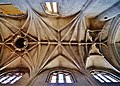Joigny St. Thibault Innen Gewölbe.jpg