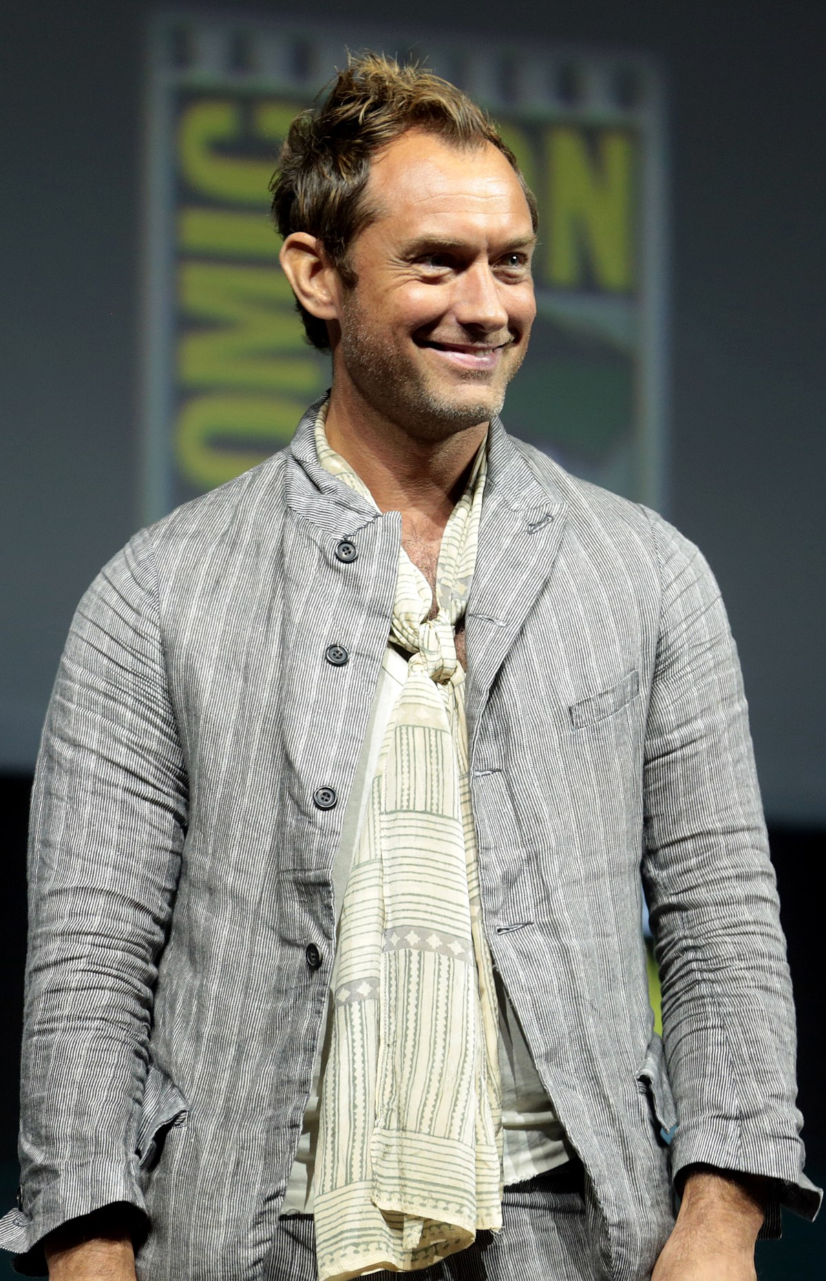 Jude Law - Wikipedia