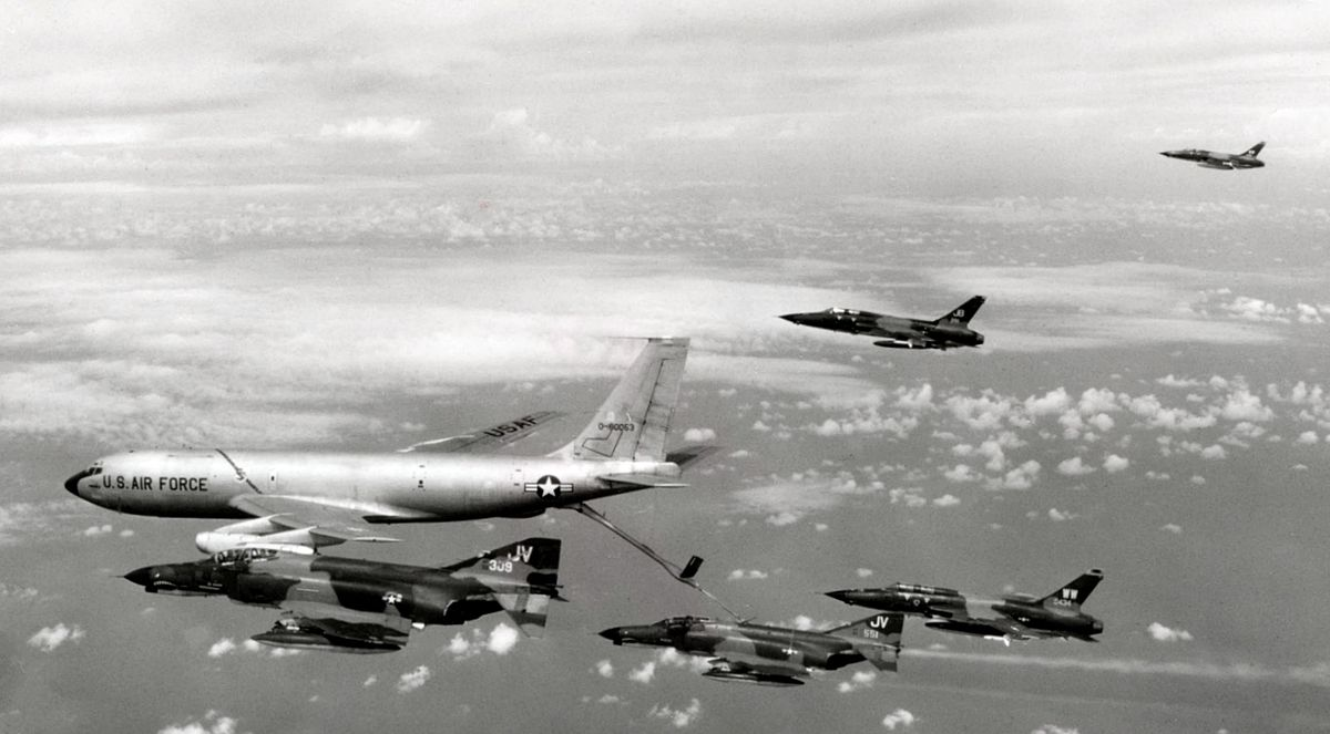 an argument in favor of american military intervention in vietnam Image as argument: the impact of mogadishu on us military intervention   there is a presumption that for any given mission, the american people's support  will  revealed by the experience in vietnam, in part because vietnam was the  war.