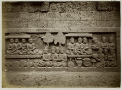 KITLV 27997 - Kassian Céphas - Relief of the hidden base of Borobudur - 1890-1891.tif