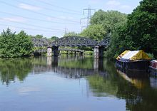 KenningtonRlyBridge01.JPG