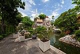 Khao Mo at Wat Prayurawongsawat (IV).jpg