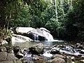 Kleiner Wasserfall in Muriqui - panoramio.jpg