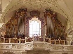 Kloster Münster Innen Orgel 2.jpg