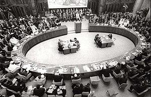 300px-Konferencija_Pokreta_nesvrstanih_1961._godine Ulasan Internet Provider First Media Unggul