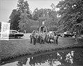 Koningin Juliana bezoekt Kasteel Nyenrode, Bestanddeelnr 907-7884.jpg