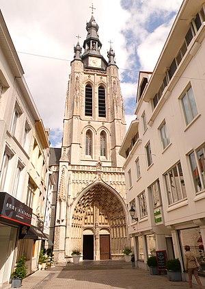 Kortrijk, Sint-Maartenskerk