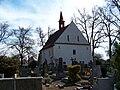 Kouřim, kostel Nejsvětější Trojice, ze hřbitova.jpg