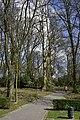 L'une des entrées du parc (26236551192).jpg