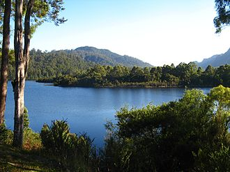 Lake Rosebery (Tasmania) - A view of Lake Rosebery