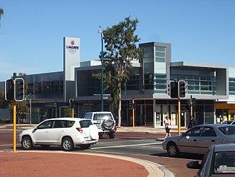 Joondalup (suburb) - Lakeside Joondalup on Grand Boulevard.