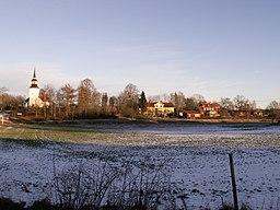 Landeryds kirkeby set fra vest.