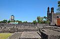 Lateral edificio, iglesia y ruinas.JPG