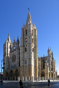 Leon Cathedral 2005.jpg