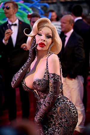 Amanda Lepore - Lepore at the Life Ball in Vienna, Austria, May 2014.