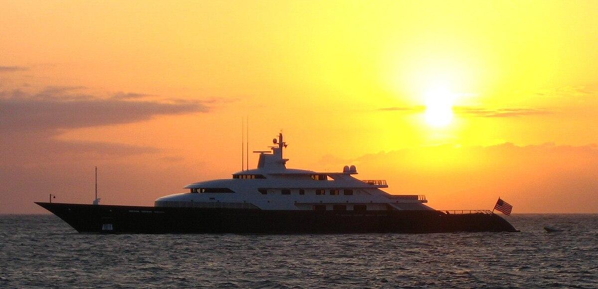 Limitless Luxury Yacht Wikipedia