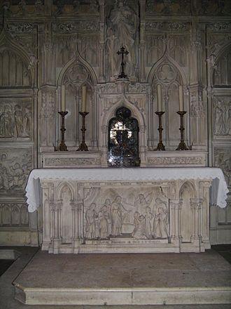 Valerie of Limoges - Image: Limoges St Michel St Valerie shrine