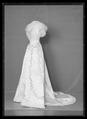 Liv till drottning Victorias silverbröllopsklänning - Livrustkammaren - 78547.tif