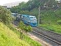 Locomotiva de comboio parado sentido Guaianã no pátio da Estação Ferroviária de Itu - Variante Boa Vista-Guaianã km 201 - panoramio.jpg