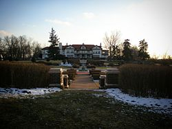 Longview Mansion December 2008 by Sharon Clay.jpg