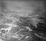 Luchtfoto Maastricht, industrieterrein Boschstraat & Bosscherveld, 1962.jpg