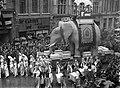 Lucky Elephant (6817139823).jpg