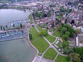 Arbon: Blick auf Hafen, Seeuferpromenade und Altstadt