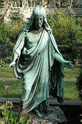 Luisenfriedhof I - Christus Grab Haesel und Zeidler.jpg