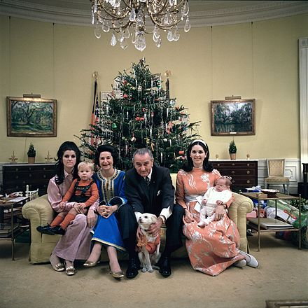 Johnson with his family in the Yellow Oval Room, Christmas 1968 Lyndon B. Johnson's family Xmas Eve 1968.jpg