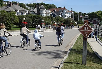 M-185 (Michigan highway) - Image: M185mackinac
