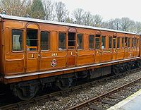 METROPOLITAN Chesham CARRIAGE No 368.JPG
