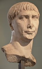 Buste de Trajan Ra 58 b
