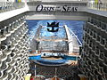 MS Oasis of the Seas - Aqua Theater amphitheatre - View from the up of the Boardwalk - Aug. 2011.jpg
