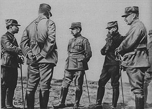 Georges Louis Humbert - General Humbert, holding his chin, with Augustin Dubail on his right in the Argonnes in 1915.