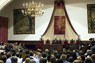"Prem Rawat - 30 June 2003. Prem Rawat addressing the first ""Conference on Peace"" at the University of Salamanca"