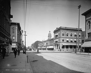 History of Ann Arbor, Michigan - Main Street in Ann Arbor c. 1908