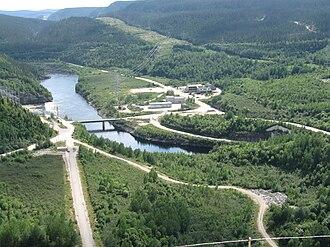 Manicouagan River - Manicouagan River as seen from the Daniel-Johnson Dam