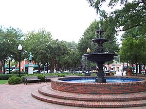 Atlanta metropolitan area - Downtown Marietta's historic town square.