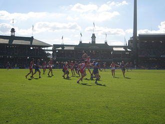 Sydney Swans playing the Western Bulldogs at the SCG in 2008 Marking contest between the Sydney Swans and Western Bulldogs @ SCG.jpg